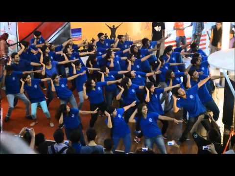 IIM Kozhikode- Calicut Marathon Flashmob @ Focus Mall