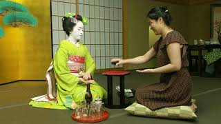 ..in which Kaye defeats a professional Maiko at a traditional Japanese drinking game