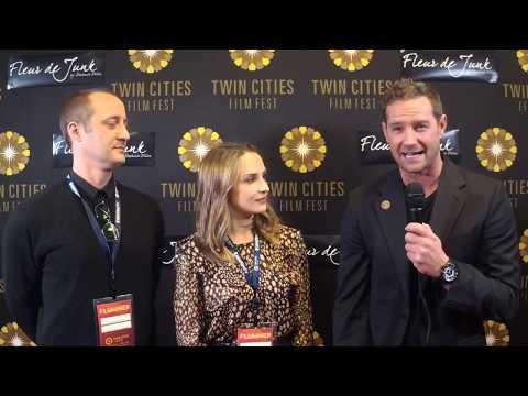 2017 TCFF Red Carpet : Casey Wilder Mott and Rachael Leigh Cook A Midsummer Night's Dream