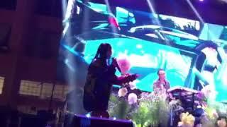 Jhené on stage tonight in DTLA