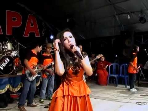 07. Cinta Segitiga - Reza Sugiarto - PALAPA Live Malang