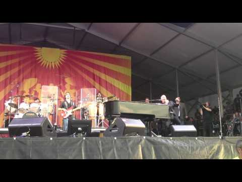 Billy Joel - Encore applause / The River Of Dreams (ft. Iko Iko) - New Orleans Jazz Festival 2013