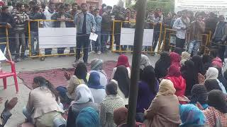AMU students protesting against CAA,NRC at Bab-e-Syed AMU Aligarh