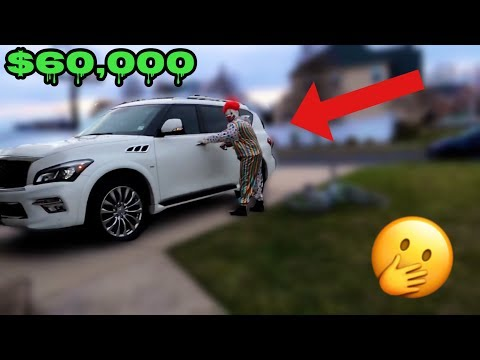 KILLER CLOWN STEALS MY MOMS CAR THAT I BOUGHT HER! *MUST WATCH*
