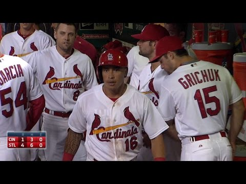 Wong gives Cards the lead with grand slam
