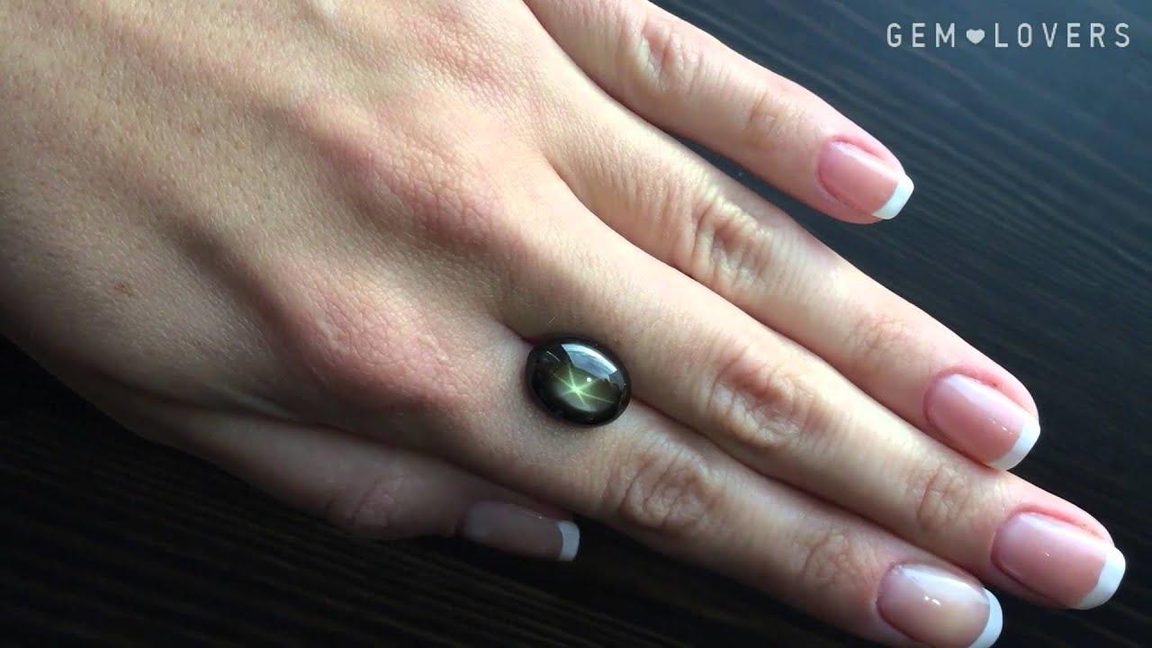 Хотите купить серьги с жемчугом?. Более дорого и изящно смотрятся золотые серьги с черным жемчугом, но они не подойдут для свадебного образа.