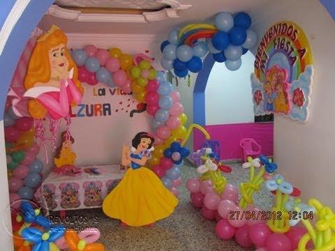 Decoracion fiesta tematica princesas de disney youtube for Decoracion de princesas