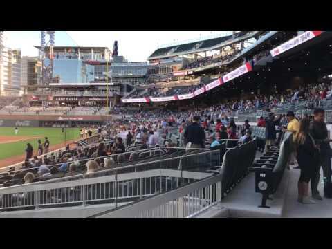 Atlanta Braves debut SunTrust Park