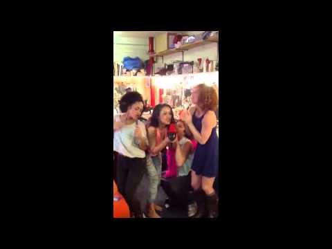 Dancing Queen - MAMMA MIA! Cast - Behind the Scenes
