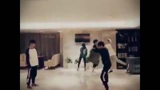 TFBoys Shuffle Dances 😘