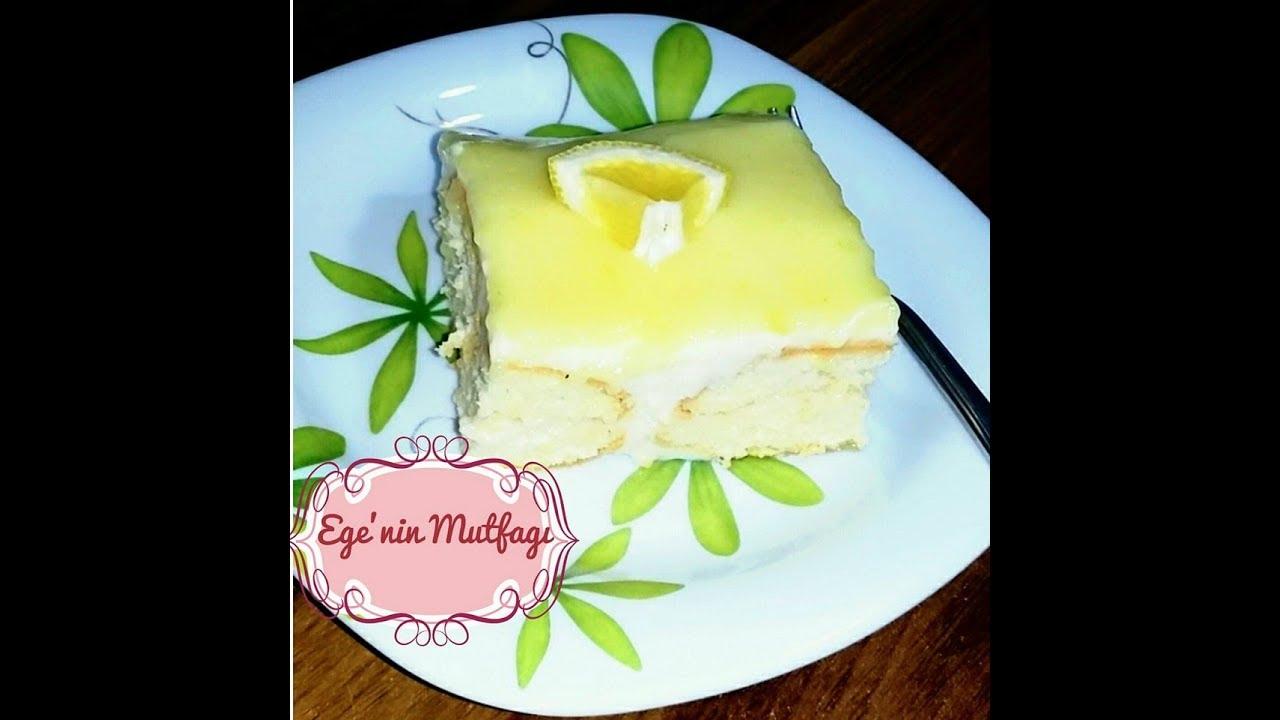Ekşi krema ile bir pasta nasıl pişirilir