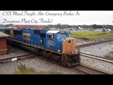 CSX Mixed Freight Goes Into Emergency And Stops Right On Diamond In Plant City!