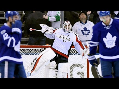 Capitals fend off Maple Leafs to even series at 2-2