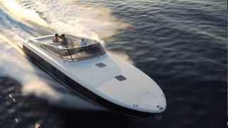 Itama 45(Itama 45 - яхта 45 футов (13,71 м) производства итальянской верфи Itama, входящей в крупнейшую итальянскую группу верф..., 2013-03-30T07:40:37.000Z)