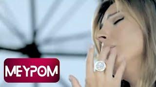 Funda Arar - Kırık Düşler (Official Video)