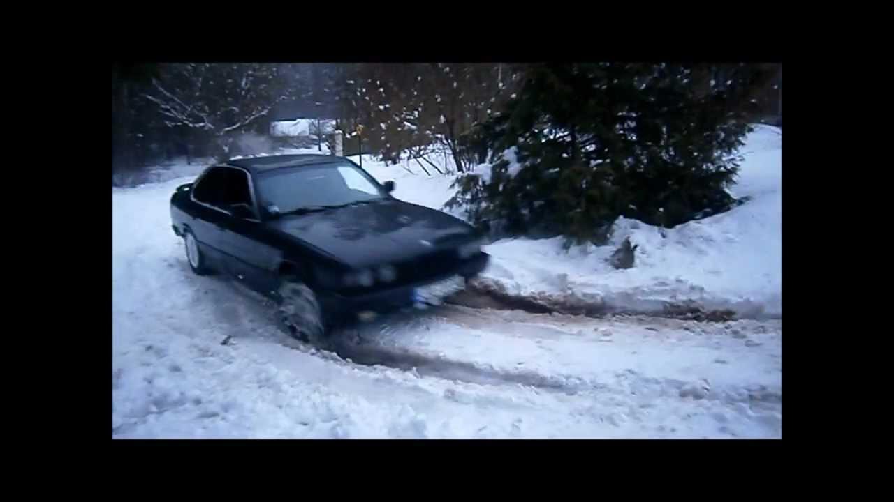 Снимаем бампер с BMW e34 530i (лишняя запчасть)