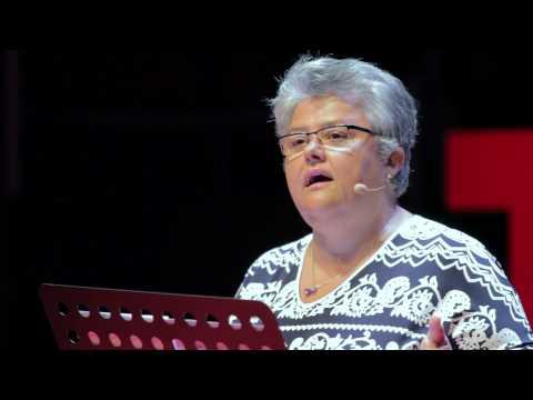 La seguridad aerea exige aprender de las tragedias   Pilar Vera   TEDxMadrid