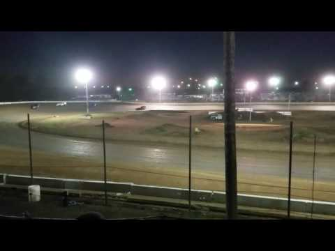 A-mod B-main springfield speedway 10-22-16 - dirt track racing video image