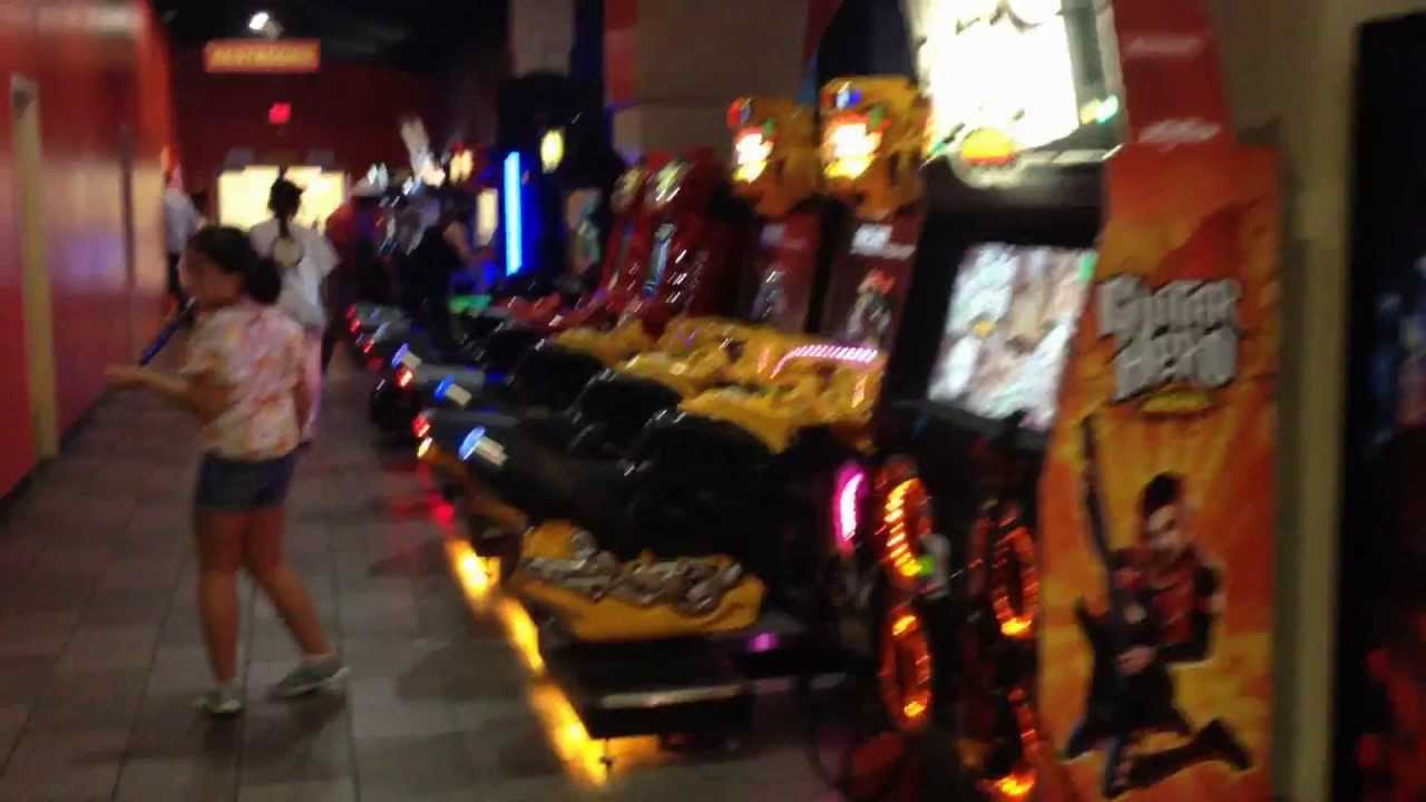 Video Game Arcade Tours Boomers Family Fun Center Irvine California Youtube