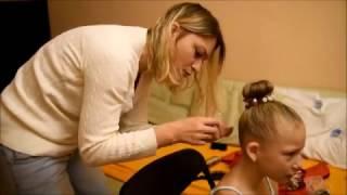видео Сделать шишку волос ребенку