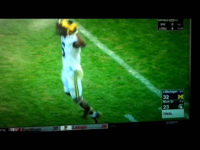 Eat that Michigan State!!!! Jabrill Peppers Back Flip