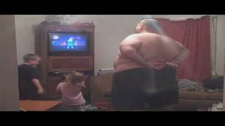 Repeat youtube video This fat kid can dance JUST DANCE 2 - 519 lbs!!!