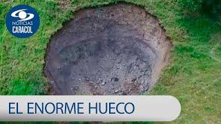 ¿Enorme hueco en Guayabetal tiene que ver con construcción en vía al Llano? | Noticias Caracol