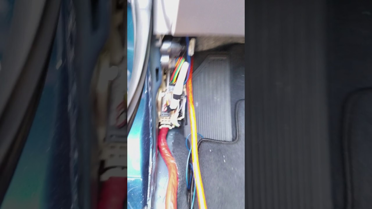 2017 hyundai elantra amp cable from battery to inside [ 1280 x 720 Pixel ]