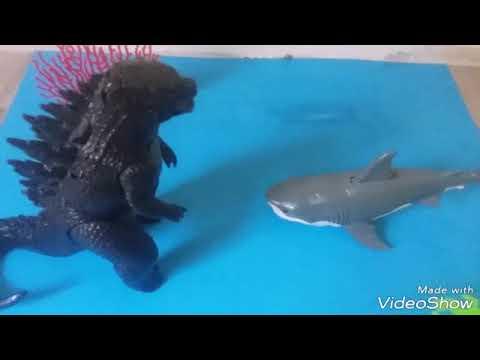 Godzilla vs Megalodon - YouTube