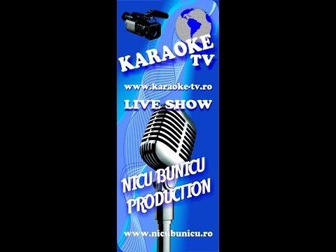 Criss la Karaoke TV Star Show pe scena Hard Rock Cafe Bucuresti