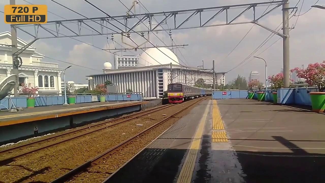 旧南武線 2 0 5系 ジュアンダ 駅...