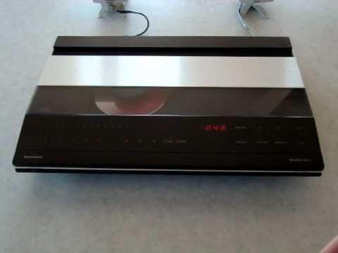 1985 bang olufsen beogram cd x cd player youtube. Black Bedroom Furniture Sets. Home Design Ideas