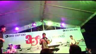 Download lagu Ridwan Sau junior MP3