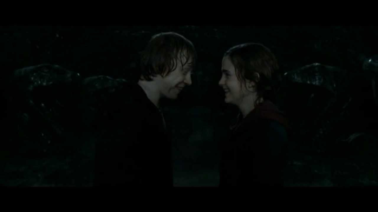 Ron 39 s and hermione 39 s kiss scene harry potter and the - Hermione granger and harry potter kiss ...