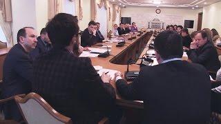 Дорогі депутати від 16 березня(Цього разу у випуску: фінансування політичних сил коштом платників податків - бути чи не бути партіям незал..., 2015-03-16T17:38:52.000Z)