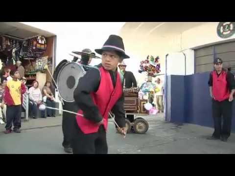 Chinchinero. - YouTube