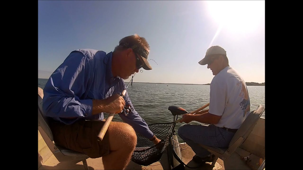 Crappie fishing with steve english lake marion youtube for Lake marion fishing report