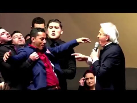 Benny Hinn - Holy Spirit Anointing in Houston