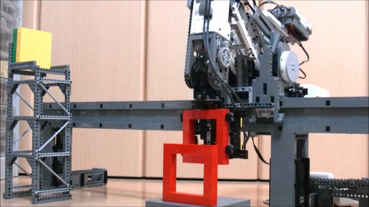 5-axis programmable Lego robot capable of building things
