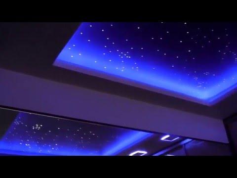 Натяжные потолки для спальни 40 фото романтично