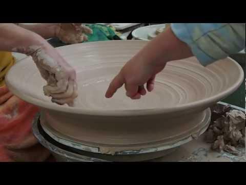 Greg Crowe Ceramics  Throwing a Lage Platter