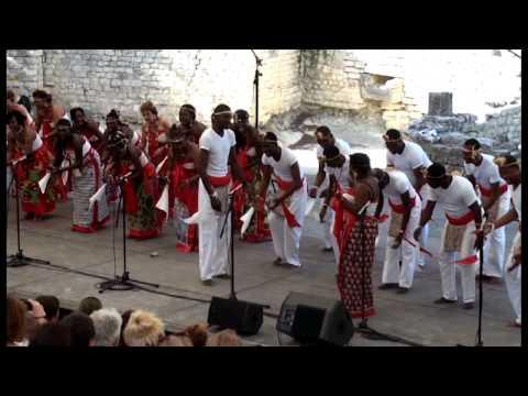 arr. Sophie Damas: Mi Mba yi nfua - Le chant sur la Lowé-Gabon; Yveline Damas