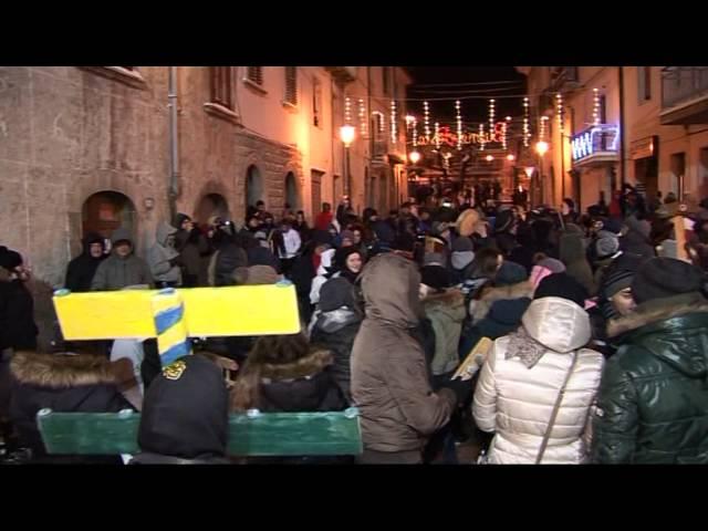 Gambatesa maitunat 31-12-2014: brindisi e quadriglia in piazza