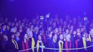 I Muvrini et les 500 choristes Choeur de Vienne (71).MOV YouTube Videos