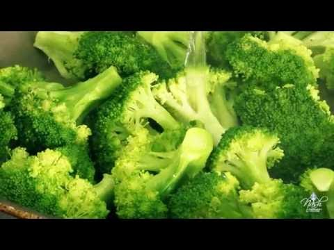 Pan Steamed Broccoli