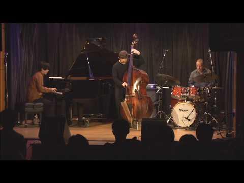 Kento Tsubosaka Trio 'Everything I Love'