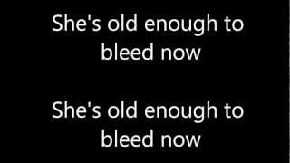 Green Day - Drama Queen ( Lyrics )