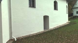 Oprava a nátěr fasády, vnitřní výmalba a osazení mříží na kostele v Brníčku