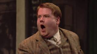 Official Clip | Two jobs, one (confused) mind | National Theatre at Home: One Man, Two Guvnors