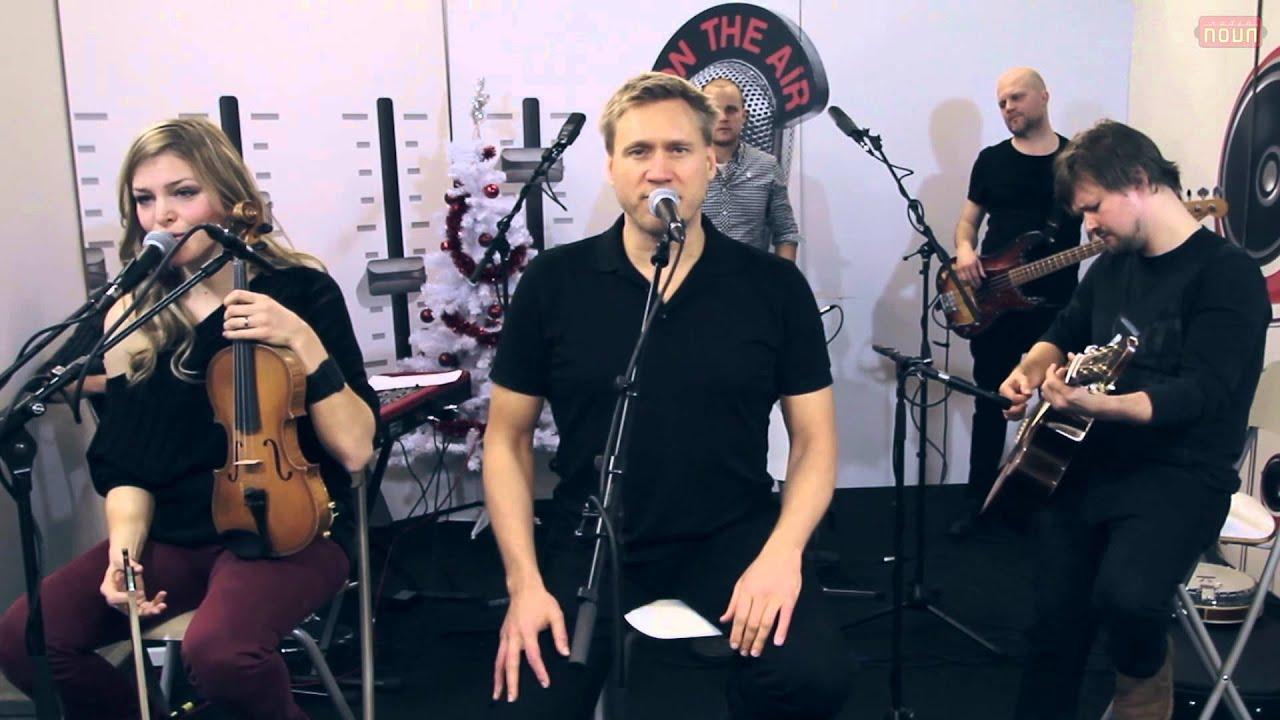 Samuli Edelmann: Avaruus, Hiljaisuuden valo, Ave Maria (livenä Nova Stagella) - YouTube
